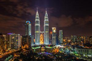 petronas towers malaysia kuala lumpur cityscape