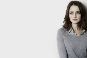 portrait blouses freckles grey sweater blue eyes actress simple background alexis bledel brunette sweater women
