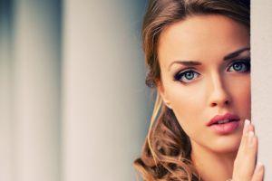 portrait polish women model face blonde brunette hands blue eyes simple background women