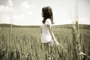 printed shirts field brunette women filter jeans wheat