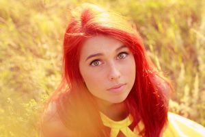 redhead dyed hair face green eyes model hazel eyes women outdoors women