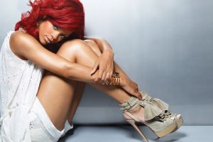 redhead singer women ebony rihanna celebrity