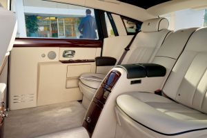 rolls-royce phantom car car interior