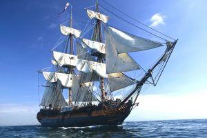 sailing ship sea vehicle