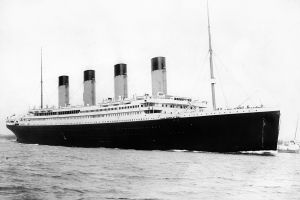 ship titanic monochrome vintage
