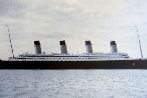 ship vintage titanic