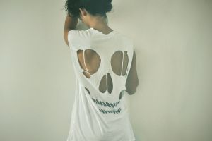 simple background t-shirt women back model skull