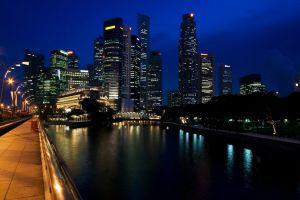 singapore skyscraper clouds