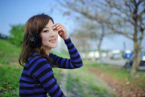smiling asian women model