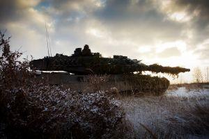 snow war vehicle military leopard 2