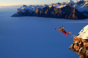sports fall mountains