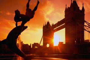 sun building england river thames city dolphin sunlight silhouette london landscape statue sunset statue bridge