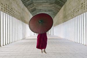 sunlight asian umbrella barefoot