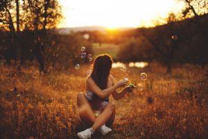 sunlight women outdoors sunset bubbles women