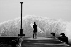 surfers pier monochrome waves sea splashes