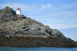 water canada lighthouse coast