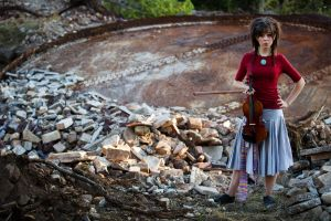 women brunette standing lindsey stirling looking at viewer twintails violin