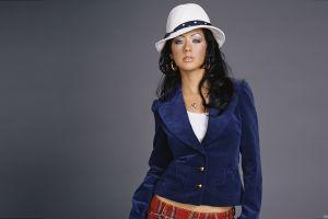 women earring black hair hat singer christina aguilera makeup celebrity