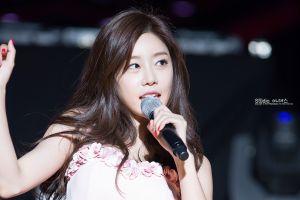 women girl's day singer k-pop asian