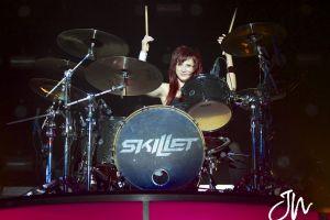 women music skillet (band) drummer jen ledger hard rock