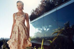 women outdoors celebrity scarlett johansson actress women outdoors dress