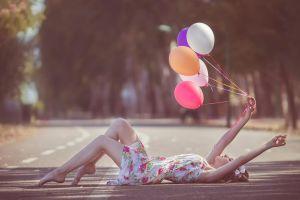 women outdoors women balloon road model