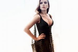 women scarlett johansson celebrity hands on hips cleavage white background