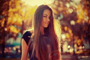 women women outdoors sunlight brunette black t-shirt straight hair long hair pierced nose natali danish hair in face