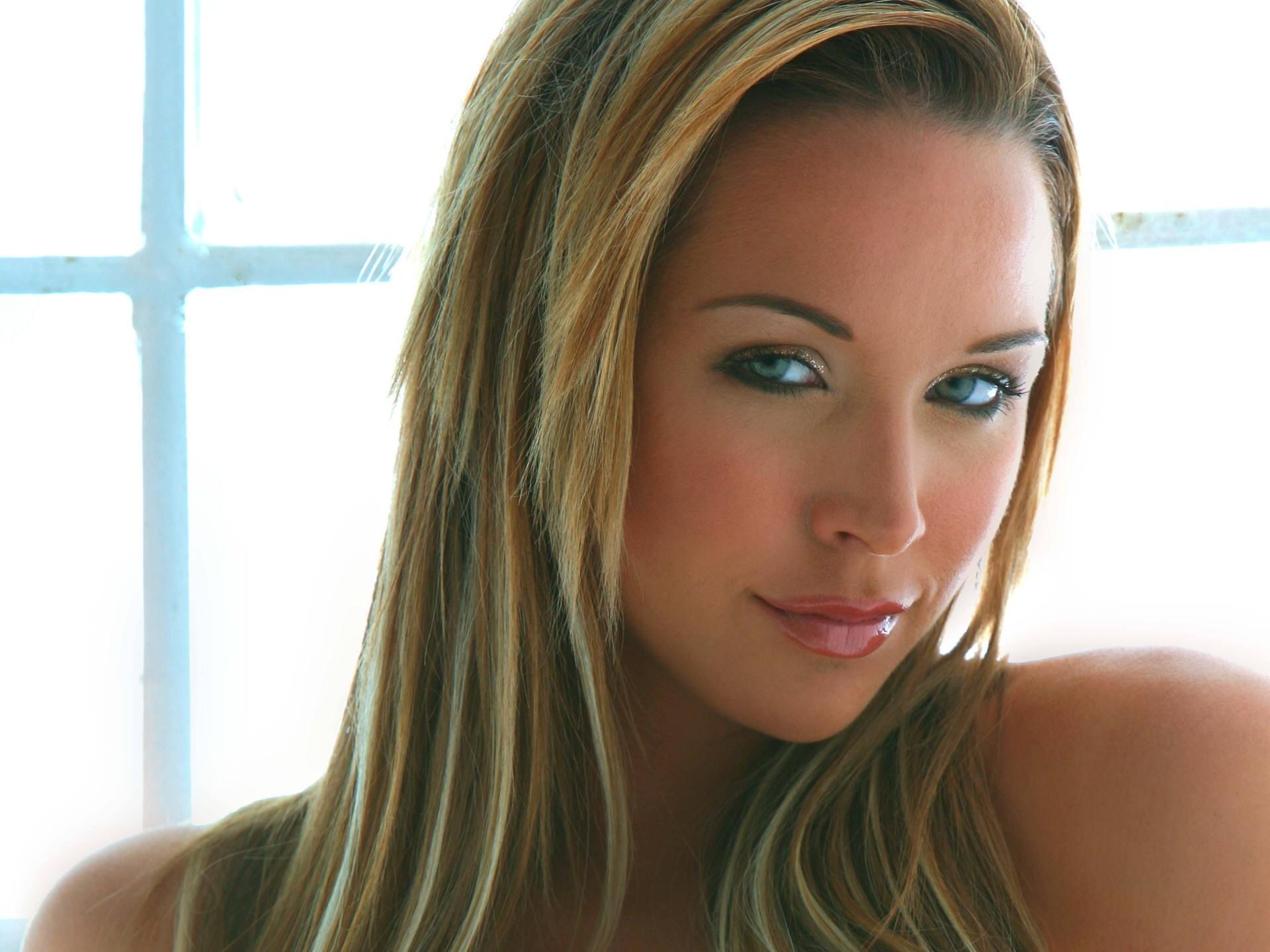 women blonde face model pornstar emily scott