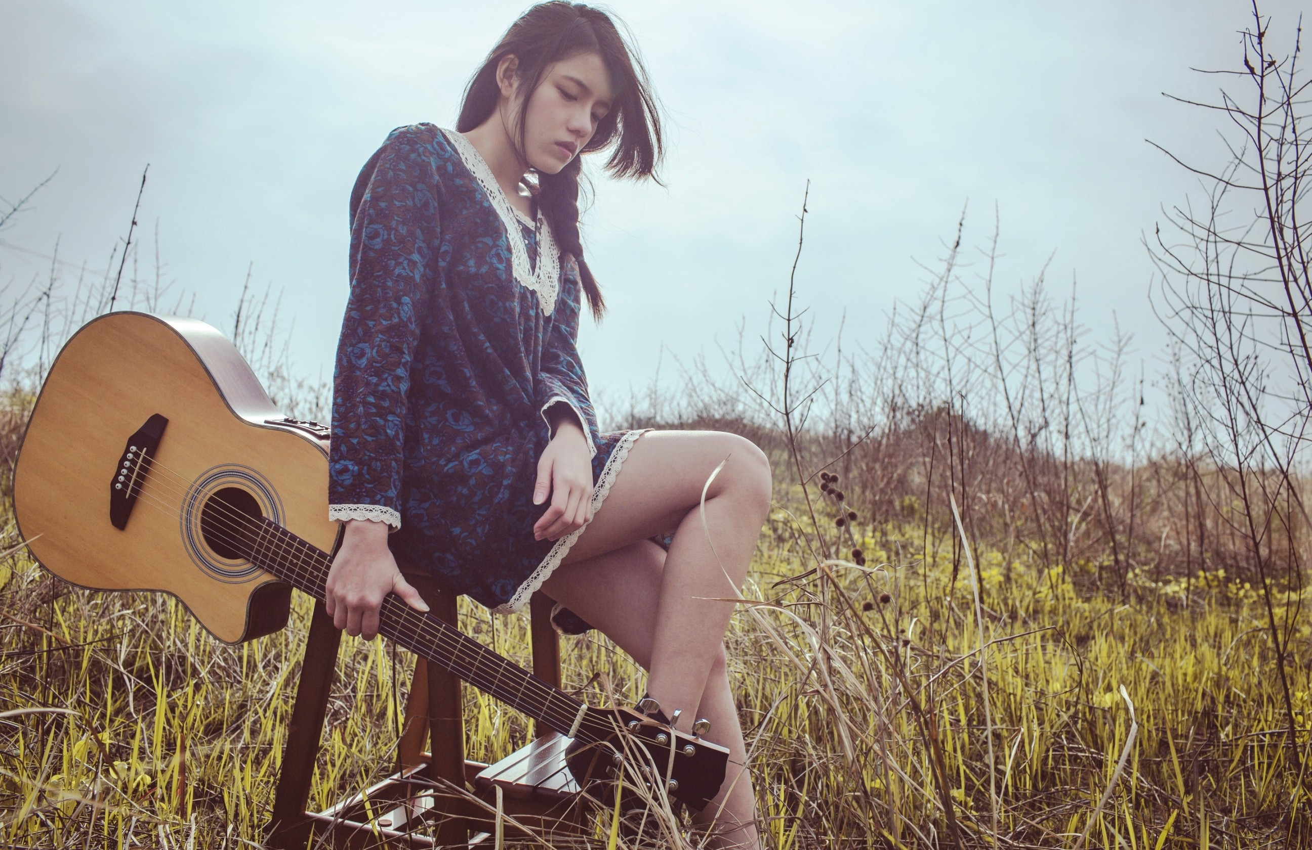 women guitar brunette asian women outdoors