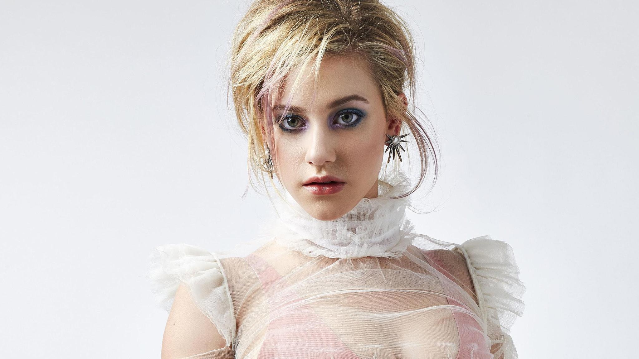 makeup portrait model blonde simple background women