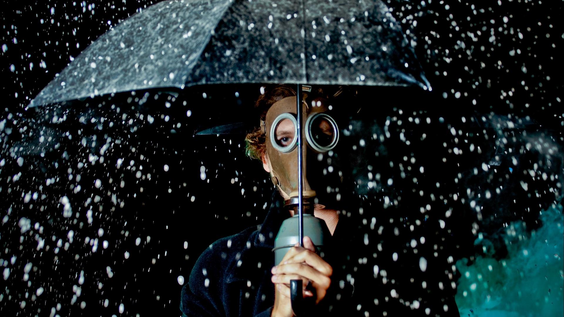 rain gas masks umbrella