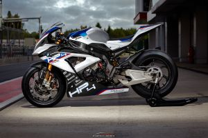 500px depth of field bmw motorcycle