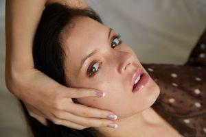anie darling eyes women model face