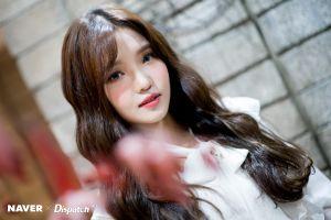 asian women fromis_9 k-pop