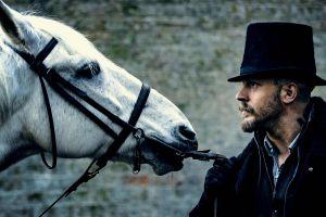 beard tom hardy hat james keziah delaney taboo tv series horse