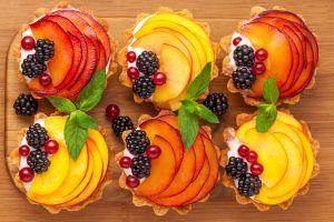 berries fruit dessert food