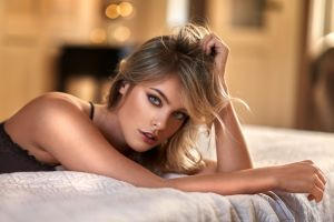 blonde blue eyes portrait in bed women women indoors