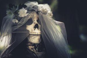 brides skull flowers bones