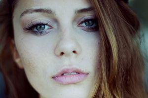 brunette freckles women