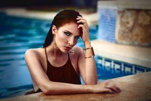 brunette wet hair women outdoors water drops women portrait blue eyes face long hair swimming pool melanie dietze freckles