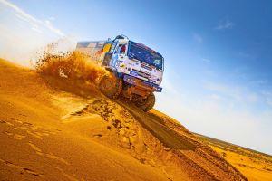 dakar rally rally vehicle kamaz truck racing desert