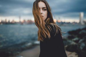 depth of field soft hair in face long hair caitlin nusche samalive model brunette women outdoors looking away women