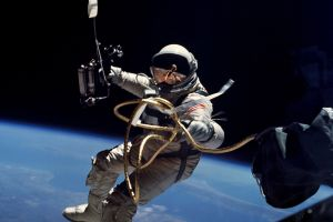 earth earth astronaut