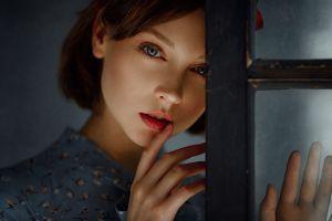 face olya pushkina georgy chernyadyev portrait women brunette blue eyes short hair finger on lips