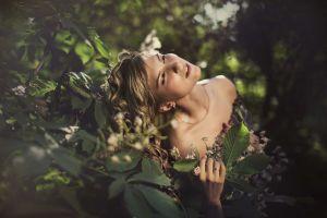 face women plants