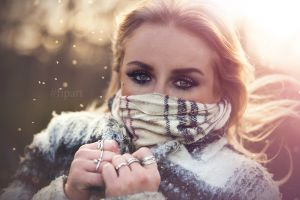 fipart wind portrait editorial model jewelry photography blonde green eyes
