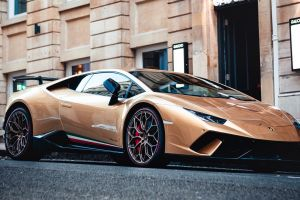 front angle view urban lamborghini huracan vehicle lamborghini huracan performante sports car lamborghini car