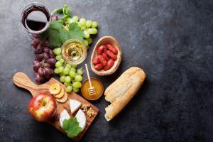 fruit berries food still life bread