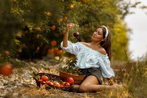 fruit model women brunette women outdoors